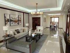 龙园城(别墅)4室2厅4卫338m²豪华装修 带三个楼台
