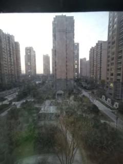 (大学城)山水泉城南城2室2厅1卫97m²精装修79万