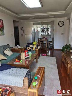 山水北城8楼132平带车位配套房130万出售出售
