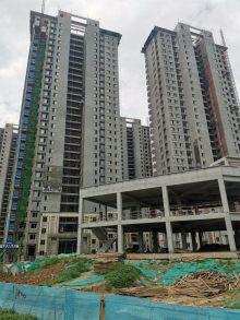 新天地小区3室2厅1卫70万107m²出售