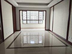 洋房诺德名城4室2厅2卫150万145m²出售