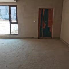 诺德名府联排4室2厅3卫218万出售小院50平方